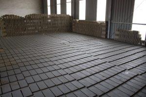 mattoni in fornace prima della cottura, Cotto nel Castello