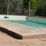 particola bordo piscina in cotto